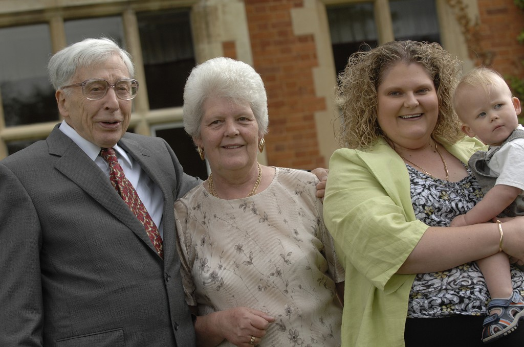 Professor Edwards with Lesley, her daughter Louise and grandson Cameron at Bourn Hall Clinic in 2008.