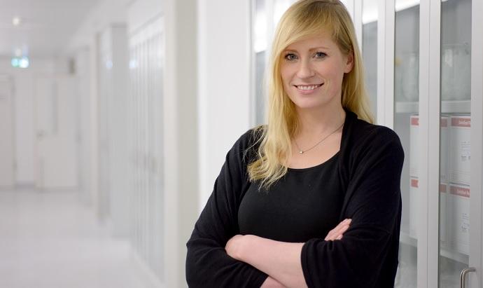 Dr Melina Schuh