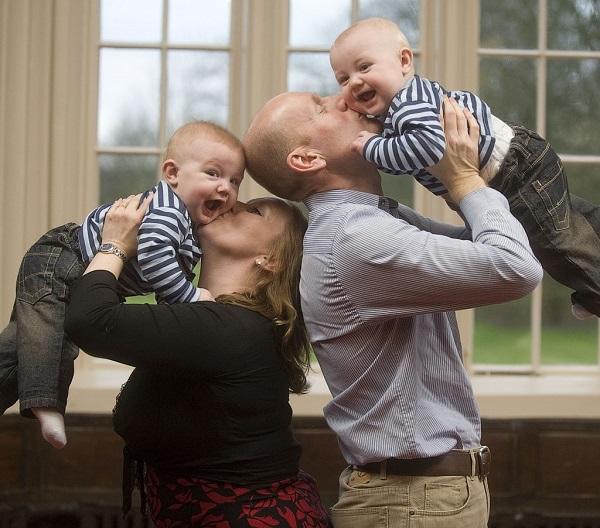Paula and Gary with twins Aidan and Ethan