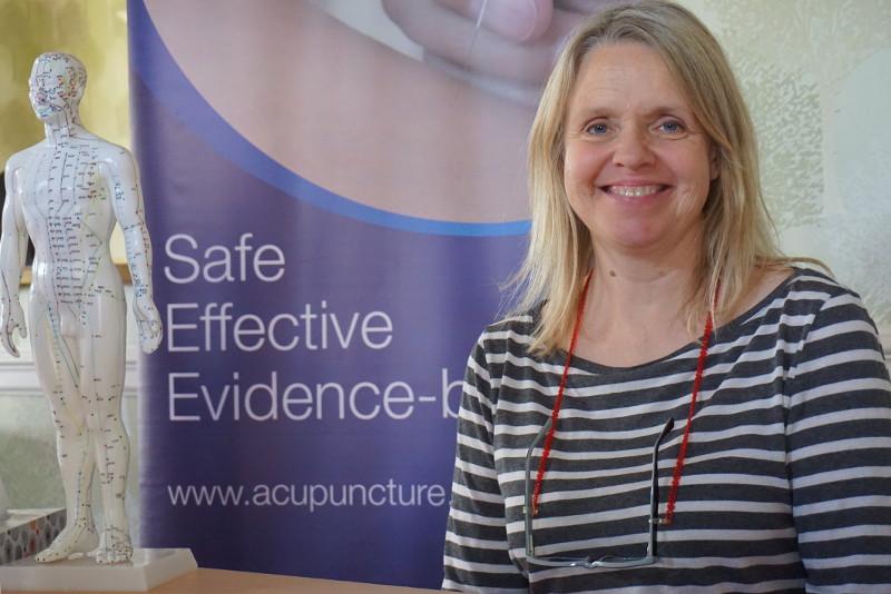 Carole Bowen, Acupuncturist