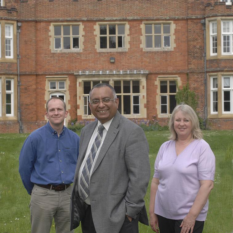 Carousel - Martyn, Tom Mathews and Gillian 2007