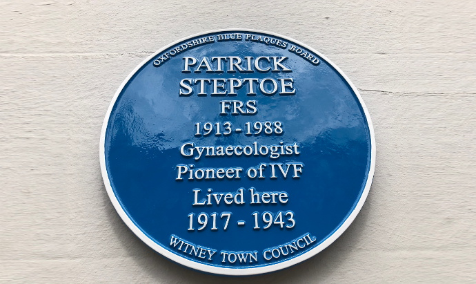 Patrick Steptoe's Blue Plaque in Witney
