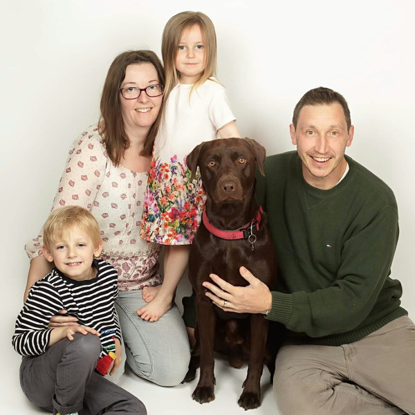 Baby Loss awareness Abi and Scott with Elliott and Willow, and dog Leo [Teresa Flanagan Photography]
